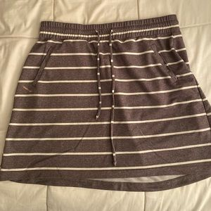 Grey stripe skater skirt